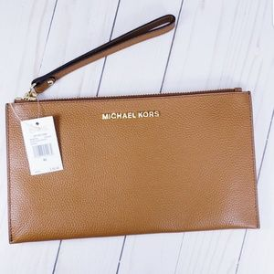 Michael Kors Large Zip Clutch Wristlet Luggage